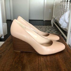 Nine west Jazzin Almond toe wedges